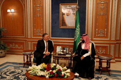 Pompeo diz que líderes sauditas prometem investigação séria sobre desaparecimento de Khashoggi