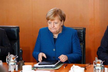 Merkel: ogni paese Ue è responsabile dei propri piani di bilancio