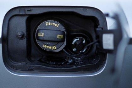 Automobilbranche will Diesel nach Skandalen wieder