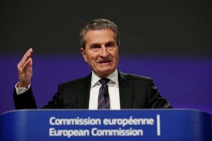 Oettinger - EU-Kommission dürfte Korrektur von Italiens Haushalt fordern