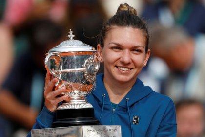 Halep se retira del WTA Finals y será reemplazada por Bertens