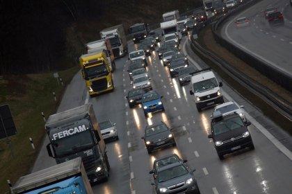 EU-Abgeordnete für strengere CO2-Obergrenzen auch bei Lkw