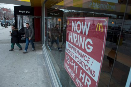 U.S. weekly jobless claims drop; continuing claims lowest since 1973