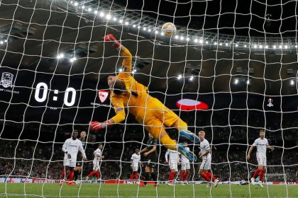 Resurgent Sevilla take aim at stuttering Barcelona in top-of-table clash