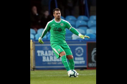 Burnley's Dyche understands why Heaton looking towards exit