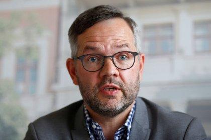 Una extensión de la transición del Brexit no resolvería los problemas, dice ministro alemán