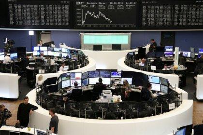 Рынки акций Европы снижаются из-за прогнозов Michelin и Bouygues