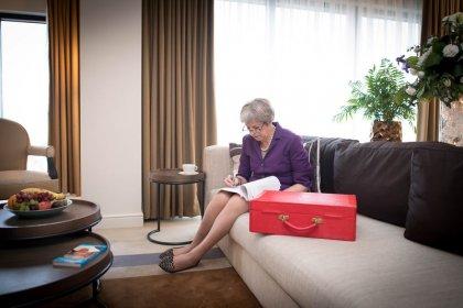 Alargar el periodo de transición del Brexit es sólo una idea, dice la portavoz de May