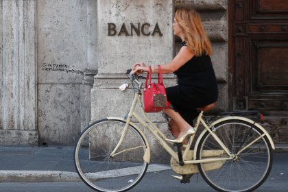 Italy economy almost stagnated in third quarter, central bank estimates