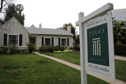 U.S. existing home sales fall for sixth straight month