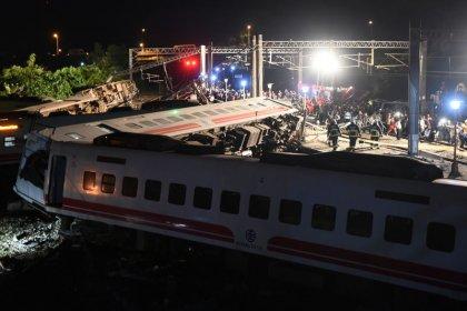 Un accidente de tren causa al menos 18 muertos en Taiwán