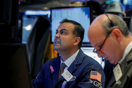 Dow, S&P fall with energy, financials; tech boosts Nasdaq