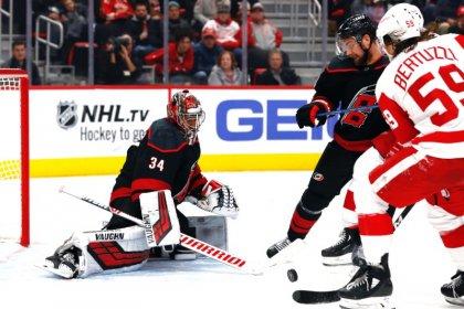 NHL roundup: Rantanen, Avs topple Flyers