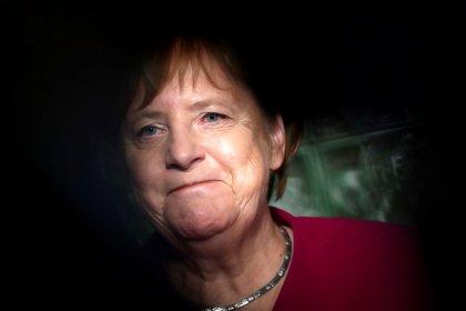 Germania, Merkel rinuncia a nuova candidatura a presidenza Cdu