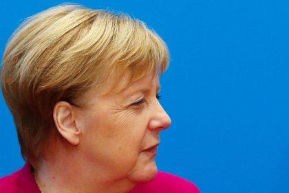 Germania, Merkel non si ricandiderà più dopo 2021, esclude corsa per ruolo Ue