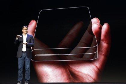 Samsung presenta a desarrolladores un teléfono plegable