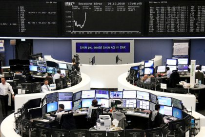 European shares eke out gains as Sodexo, banks jump