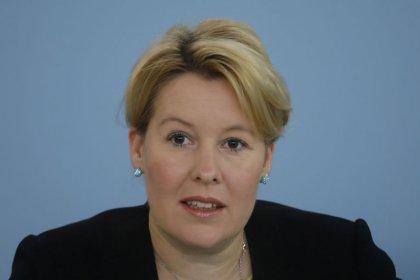 Kahrs (SPD) - Bei illegaler Parteispende muss Weidel (AfD) zurücktreten