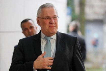 Joachim Herrmann bleibt Innenminister in Bayern
