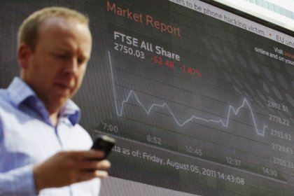 Stronger pounds weighs on FTSE, offsetting Vodafone uplift