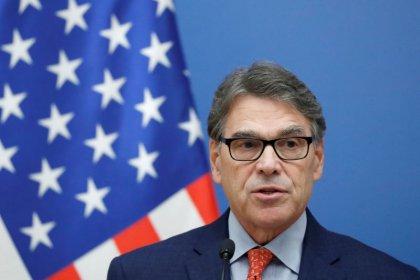 U.S. calls on Hungary and neighbors to shun Russian gas pipelines