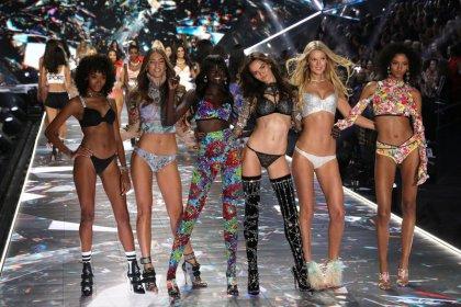 Victoria's Secret CEO to step down: WSJ