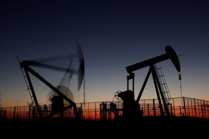 Oil edges higher but market at risk of possible supply glut