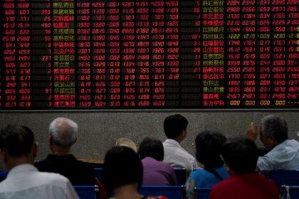 Акции Китая, Гонконга выросли на фоне надежд на торговые переговоры США и КНР