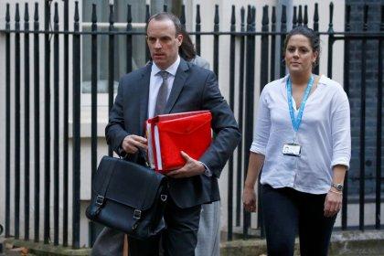 Gran Bretagna, si dimette ministro Brexit Raab