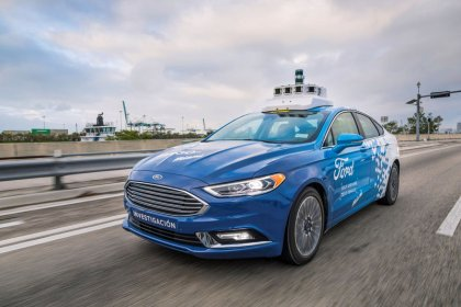 Ford CEO open to investors in autonomous vehicles but cautious on VW