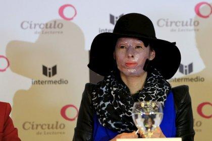 ENTREVISTA-Superviviente colombiana de un ataque con ácido pide ayuda para las víctimas
