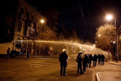 Clashes break out after Greeks march to mark 1973 student revolt