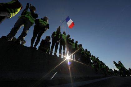 """La mobilisation des """"Gilets jaunes"""" réussie mais endeuillée"""
