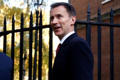 Ministro británico llega a Irán para abordar el acuerdo nuclear y cuestiones bilaterales