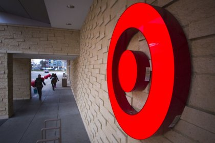 Target shares tumble after profit miss, big jump in inventories