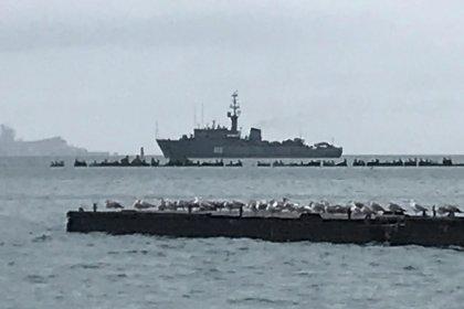 Kiev: Russia blocca porti ucraini del mar d'Azov