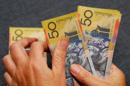 Australian dollar left bloody after computer-driven crash