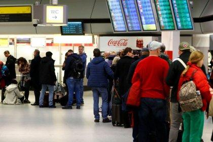 Warnstreik legt Berliner Flughäfen lahm