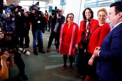 Kabinett beschließt höhere Sozialausgaben für Familien