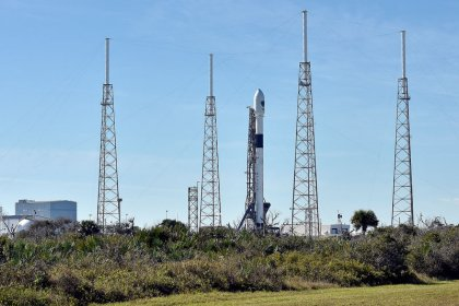 SpaceX to lay off 10 percent of workforce