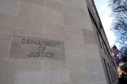 U.S. Justice Dept broadens restrictions on internet gambling