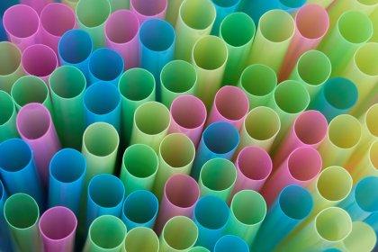 Nestlé va supprimer les pailles en plastique à partir de février