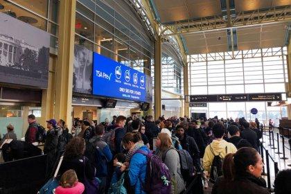 U.S. calling back 1,700 aviation safety inspectors