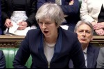 Brexit, parlamento britannico boccia accordo con Ue, stasera voto fiducia su May