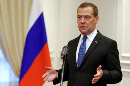 МНЕНИЕ-Идея Медведева отказаться от расчета ВВП напомнила, как опасны манипуляции со статистикой -- Тремасов