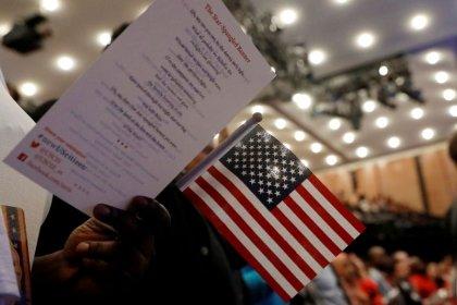 Congressional Democrats move to stop U.S. Census citizenship question