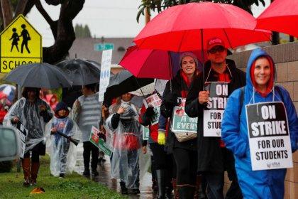 Los Ángeles vive la primera huelga de profesores en 30 años
