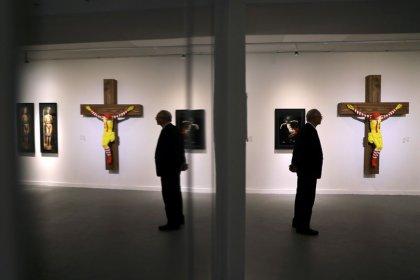 """Un museo israelí retirará una escultura del """"McJesús"""" tras protestas"""