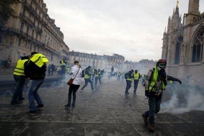 Gilets jaunes: 93% des commerçants de Bordeaux touchés