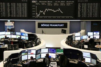 L'Europe résiste aux tensions commerciales et aux banques